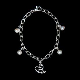 Bracelet GriGri - coeur en argent sterling et perles de cultures. Bijou fait à la main au Québec.
