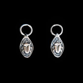 Boucles d'oreilles Camé avec motif de scarabée en argent sterling. Bijou SCARO.