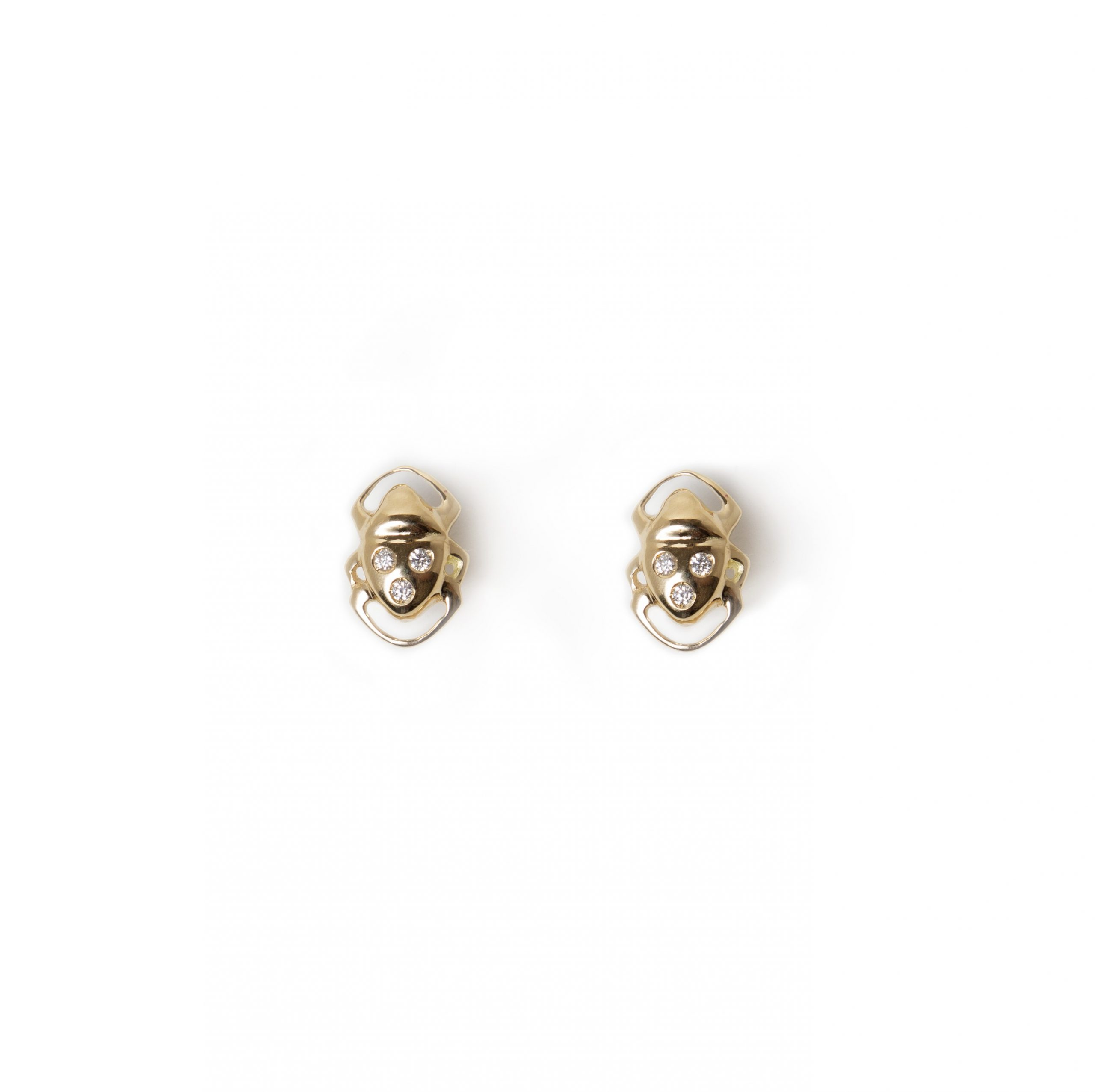 Boucles d'oreilles Athéna or 18K avec 3 diamants. Bijou fait au Québec par SCARO. Disponible chez BIRKS - Montréal.